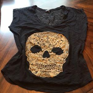 Express skull shirt